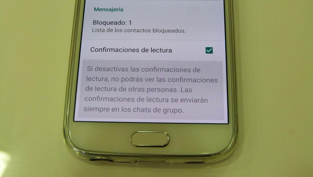 Desactivar doble check azul en WhatsApp