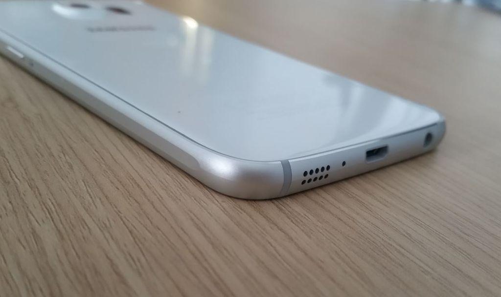 Parte inferior Galaxy S6
