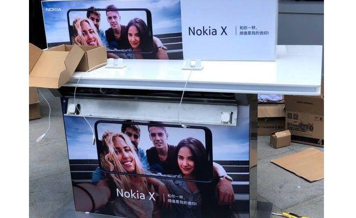 Anuncio publicitario Nokia X6