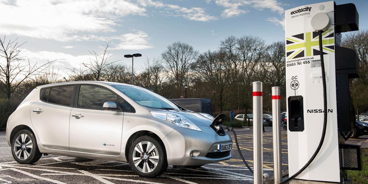 Aplicaciones impresindibles auto electrico