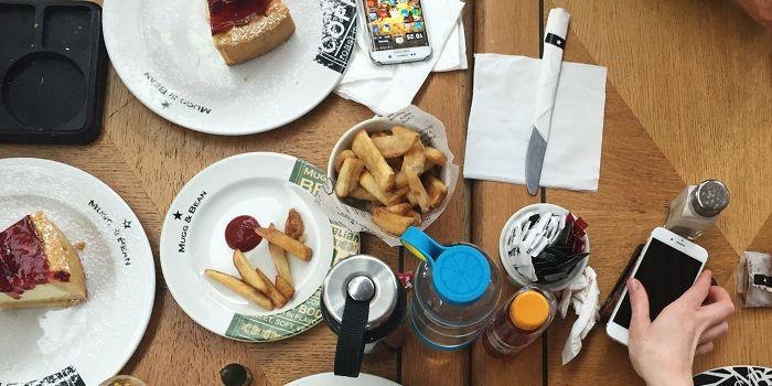 Apps para pedir comida desde el móvil en España