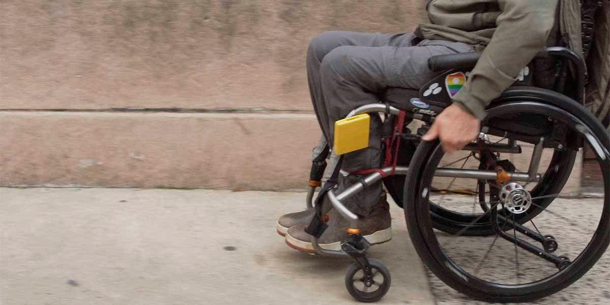 Buscar sitios accesibles para personas en silla de ruedas en Google Maps