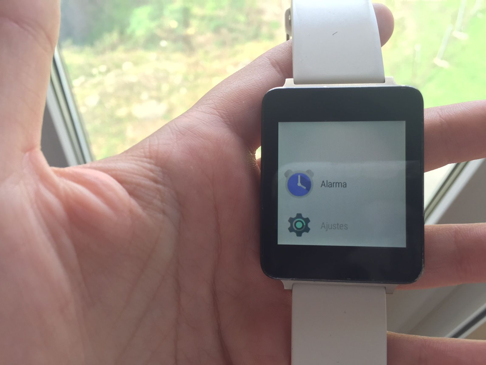 Cómo poner una alarma desde un smartwatch Android Wear