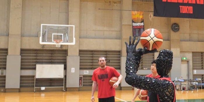 CUE robot baloncesto creado por Toyota