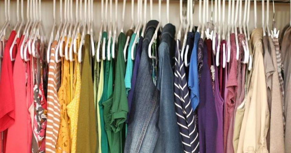 Comprar ropa de segunda mano online en Vinted o Wallapop es muy sencilo