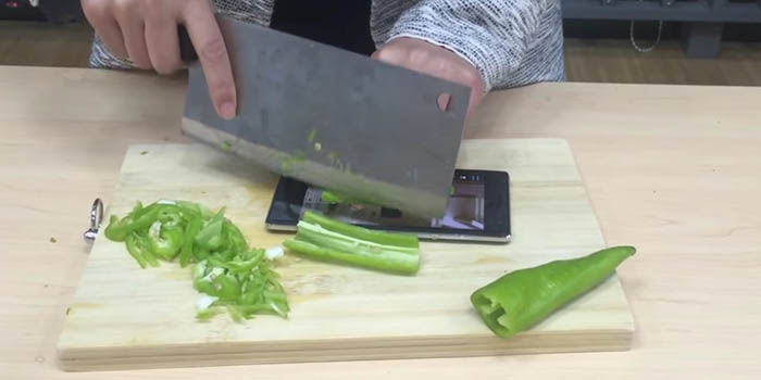 Cortando verduras Bluboo XTouch