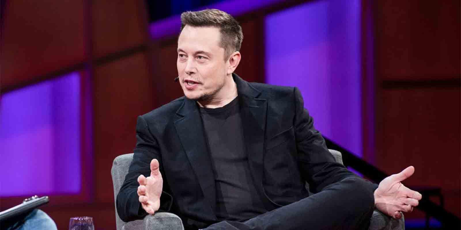 Crítica Elon Musk comisiones Apple Store