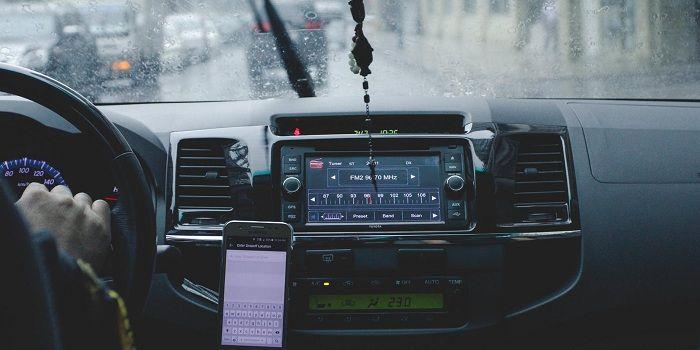 Detectar problemas del coche desde un móvil