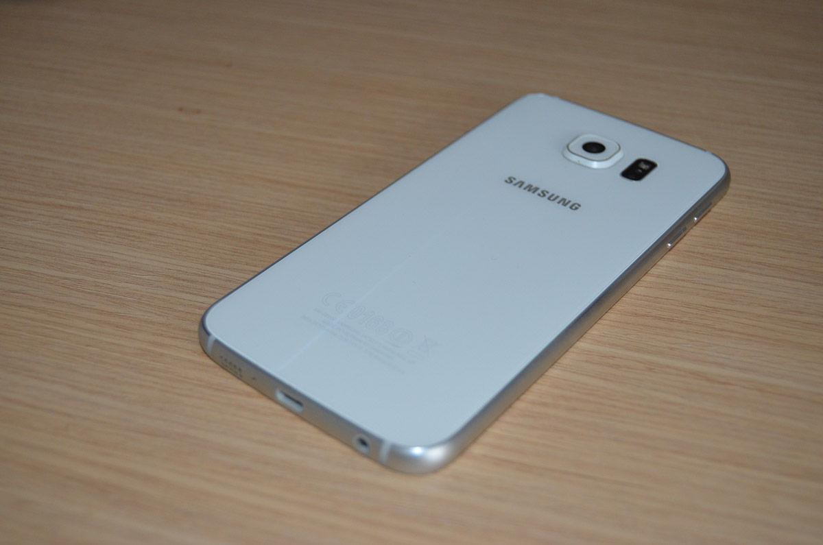 Diseño trasero del Galaxy S6