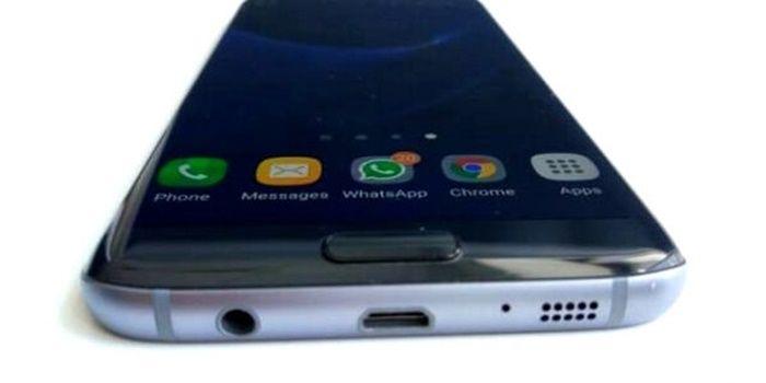El móvil muestra el icono de auricular conectado
