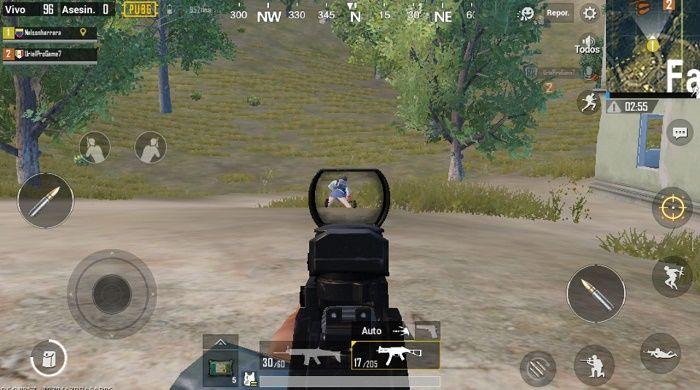Eliminando a un enemigo en primera persona
