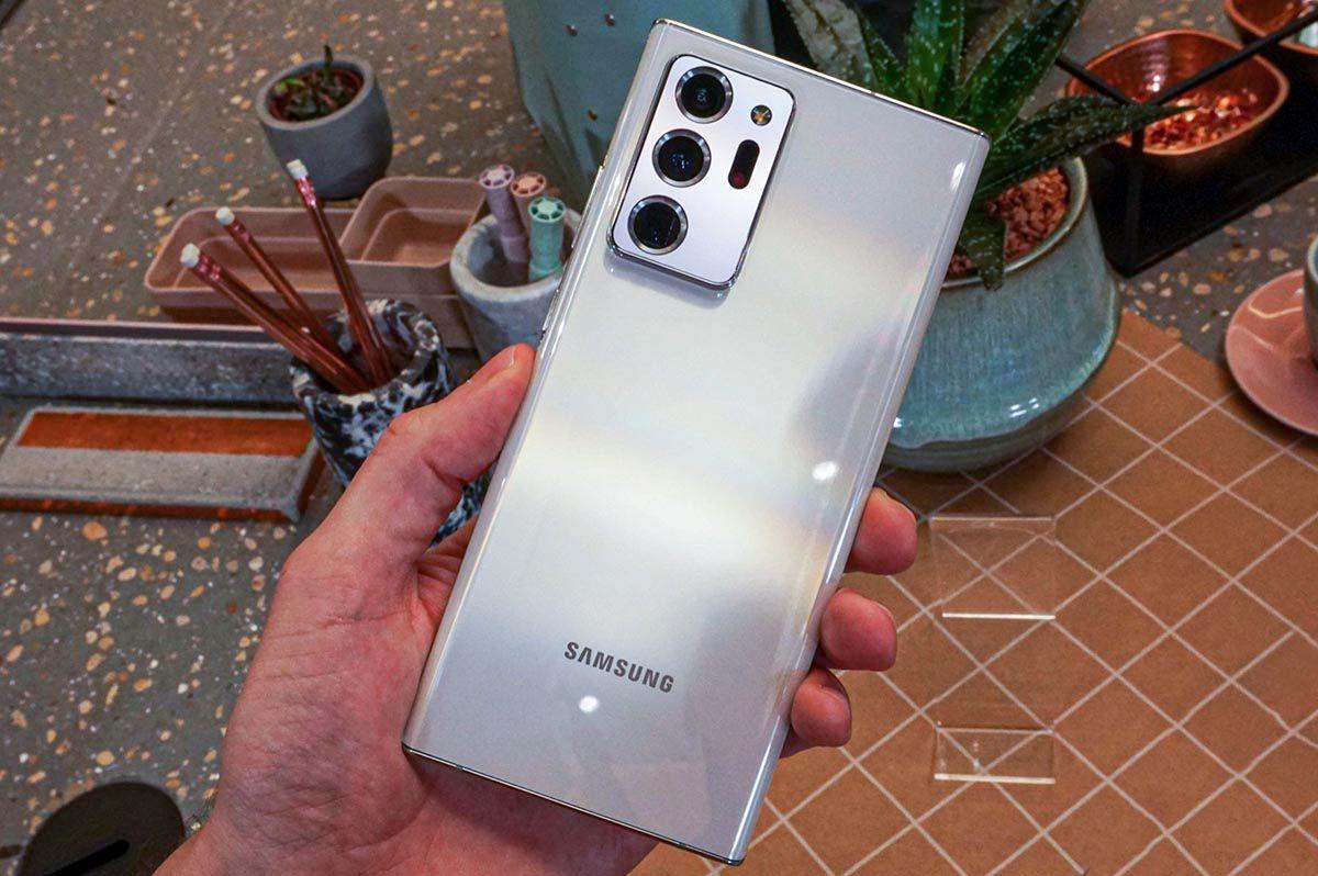 Galaxy Note 20 Ultra trasera
