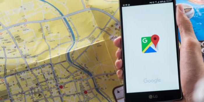 Google Maps llega publicidad