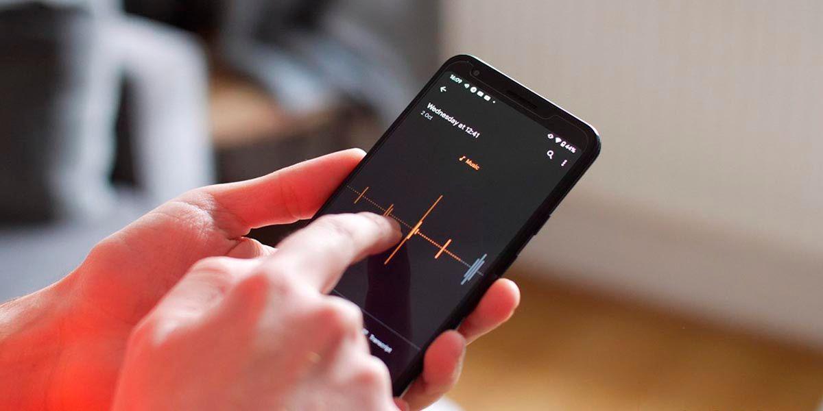 Grabadora de Google permite usar microfonos externos