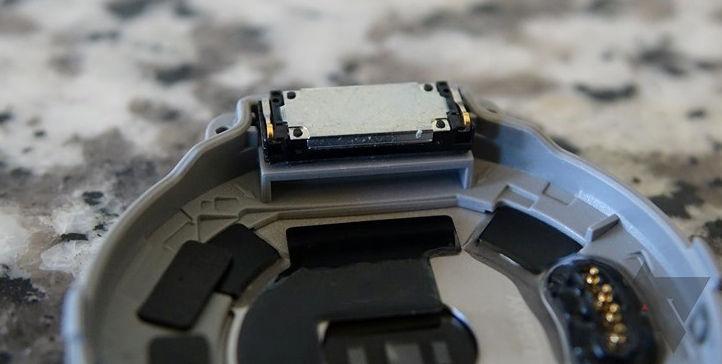 Huawei Watch podría tener un altavoz en su interior