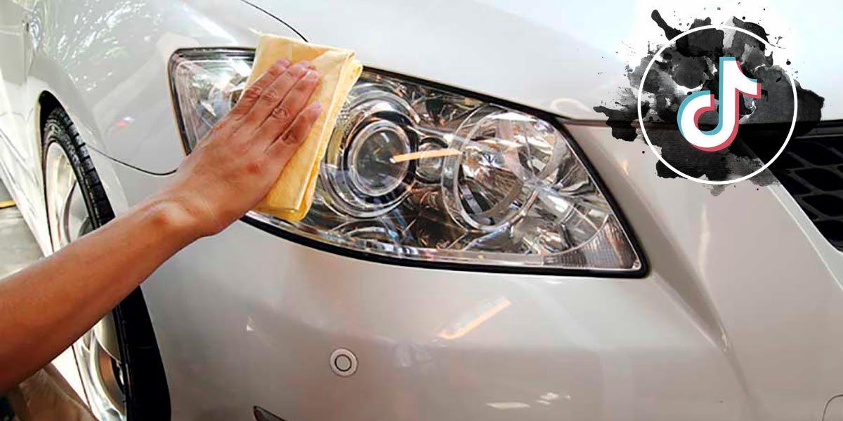 Limpiar faros del coche con repelente de mosquitos