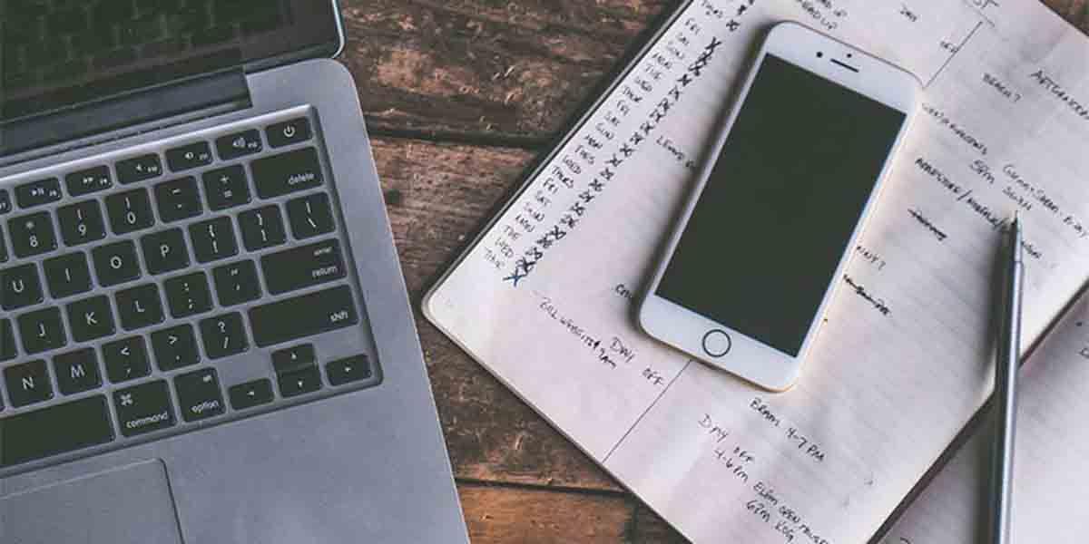 No compartir documentos en redes sociales