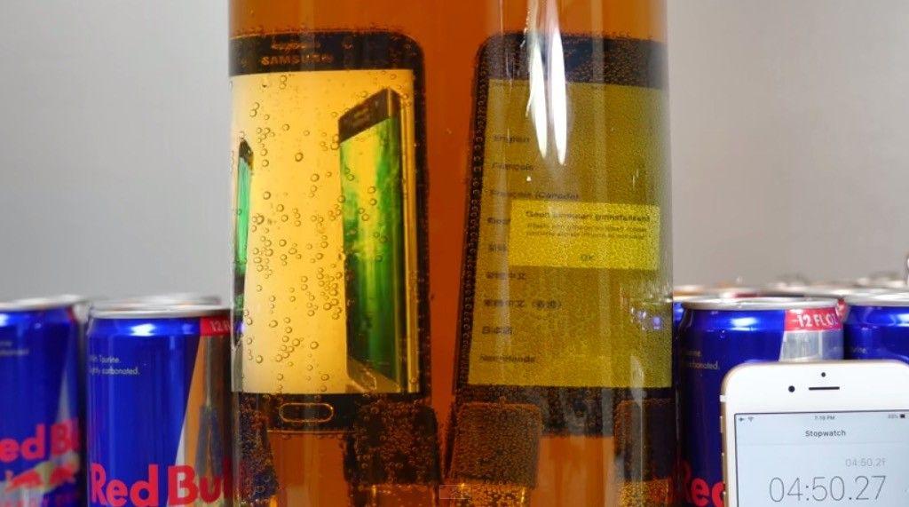 Redbull Test Galaxy S6 vs iPhone 6
