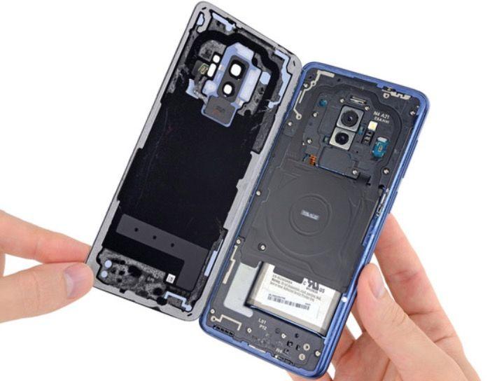 Reparar el Galaxy S9+ no es fácil