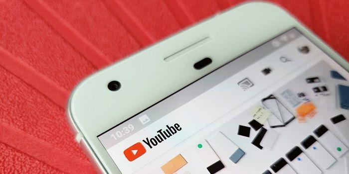 Reproducir vídeos en YouTube en segundo plano