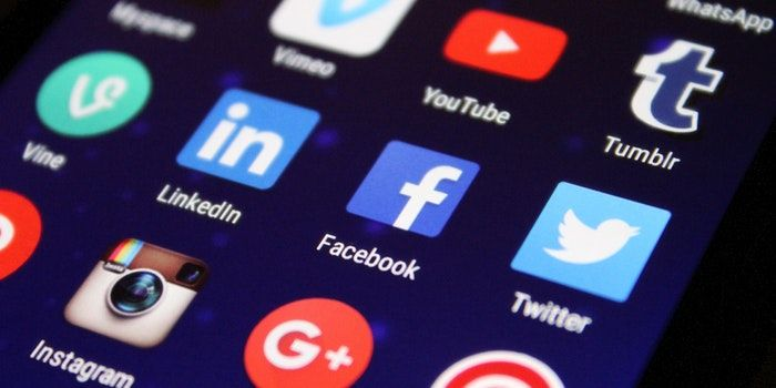 Rusia Twitter Facebook negocios