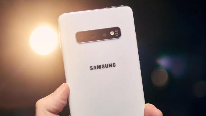Samsung Galaxy S10 Camara trasera foto