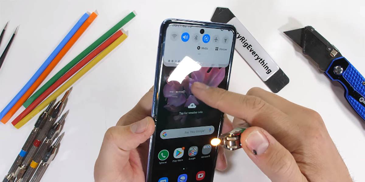 Test de resistencia Samsung Galaxy Z Flip