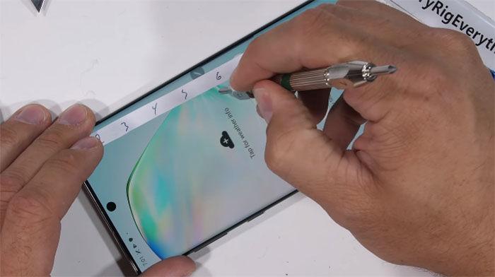 Test de resistencia del Galaxy Note 10+