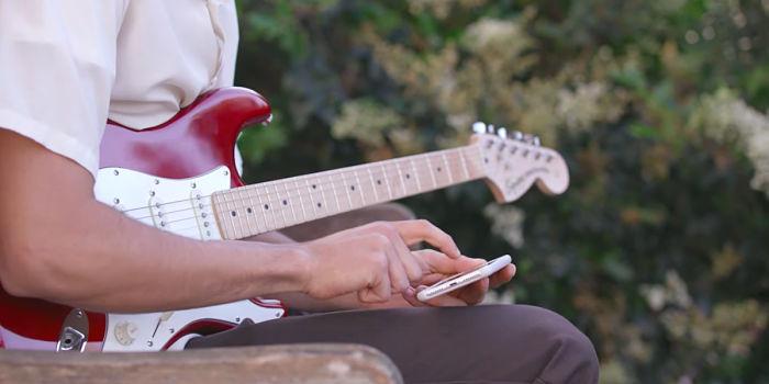 Tocar la guitarra con Android
