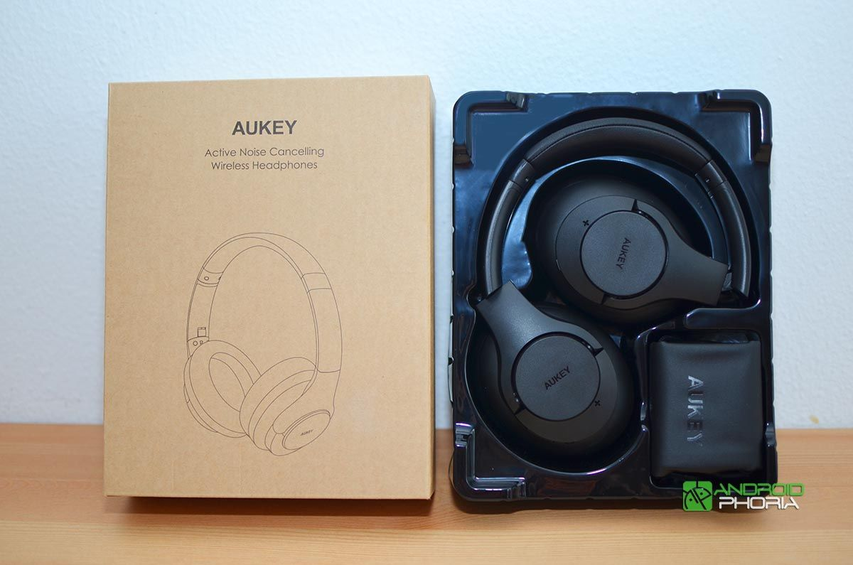 Unboxing AUKEY EP-N12