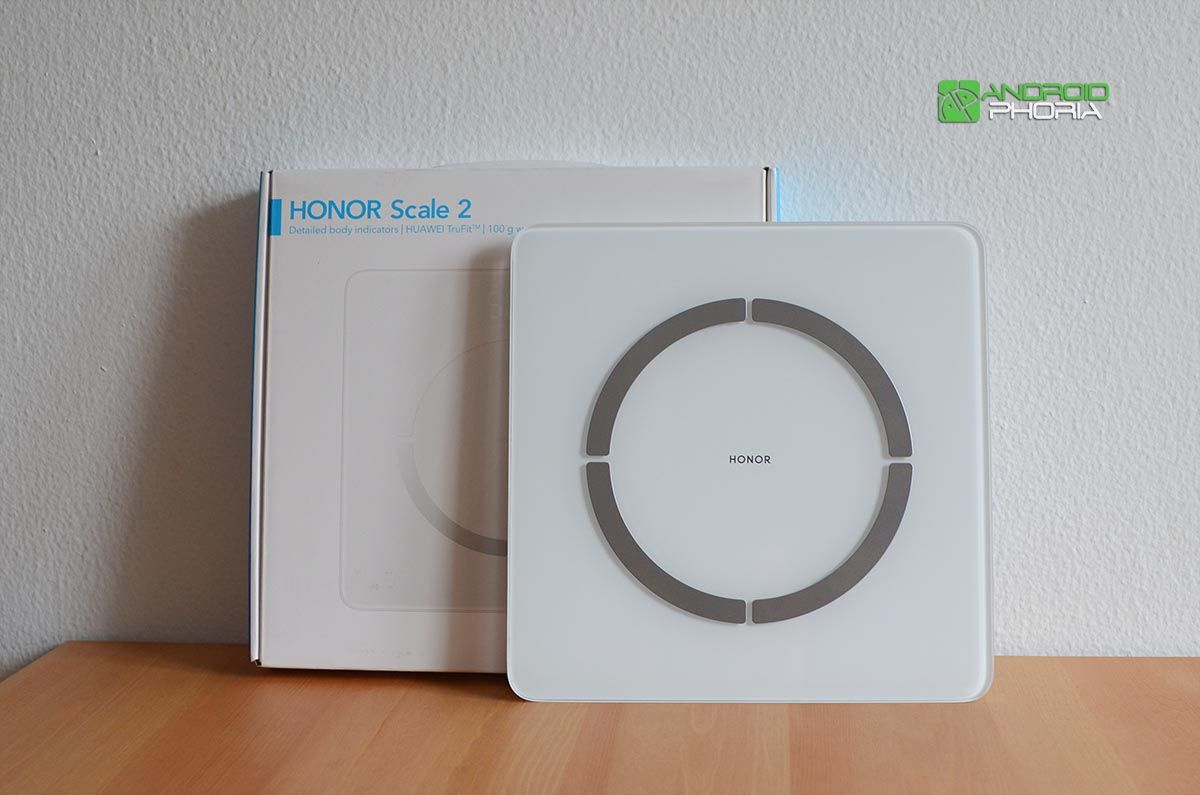 Unboxing Honor Scale 2