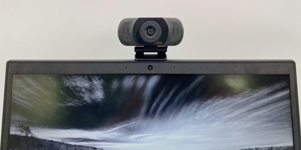 Vidlok Auto Webcam pro W90 instalacion