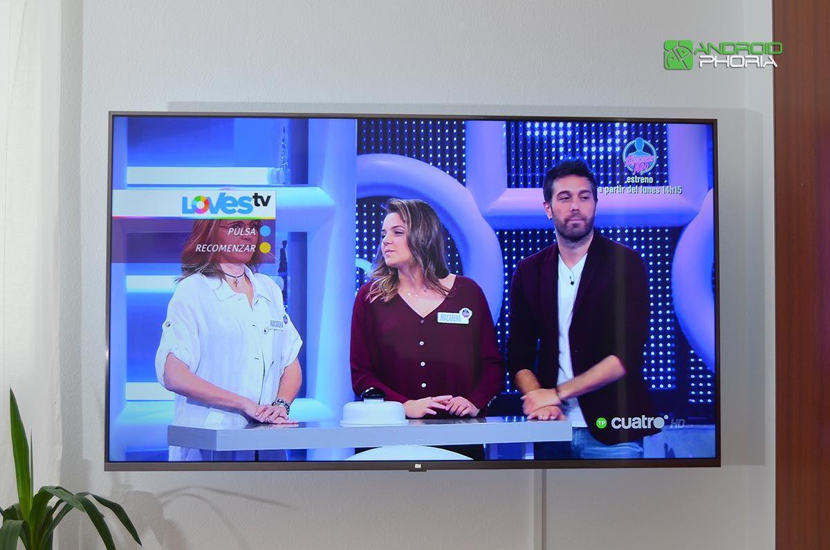 Viendo tele en Xiaomi Mi TV 4S 55