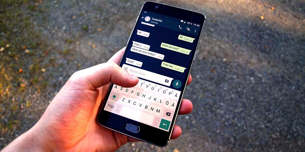 WhatsApp aplicaciones espia timo