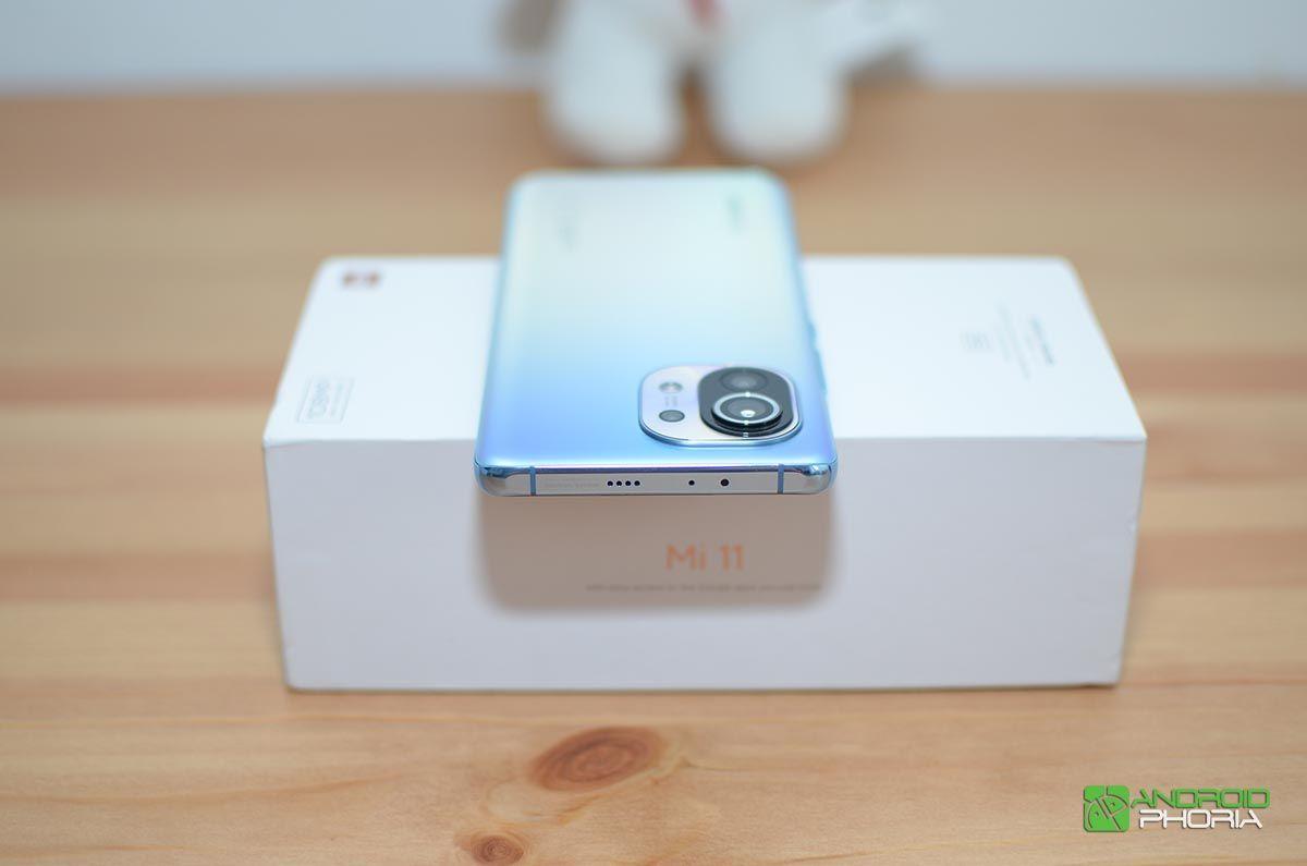 Xiaomi Mi 11 parte superior