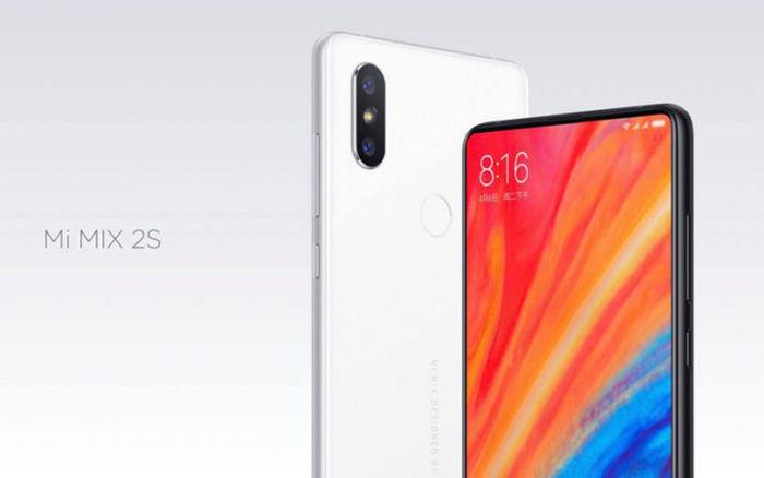Xiaomi Mi Mix 2S su pantalla