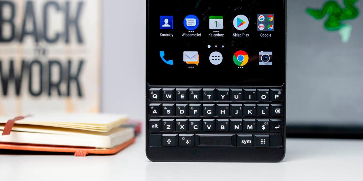 blackberry con teclado físico 2021