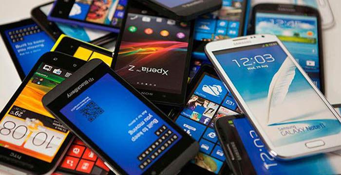 celulares amontonados