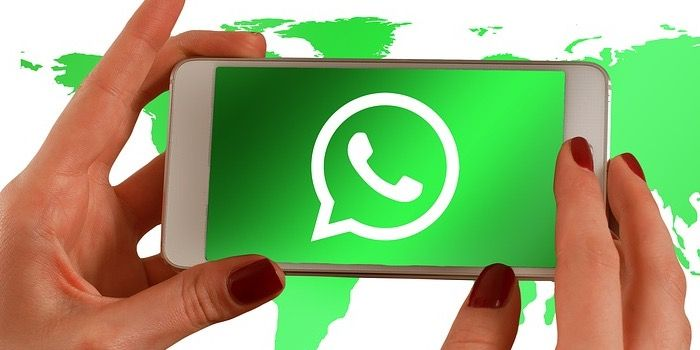 como cambiar color whatsapp