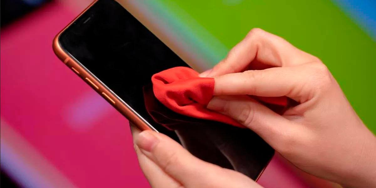cómo limpiar correctamente tu móvil