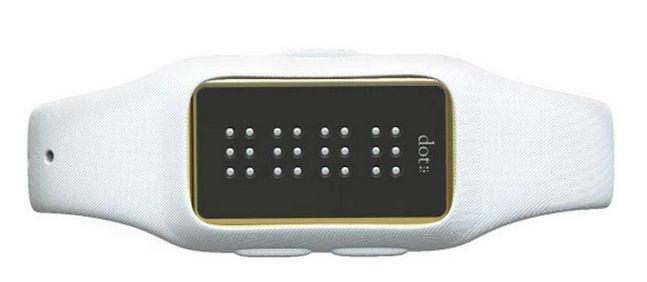 dot-smartwatch-ciegos-girado