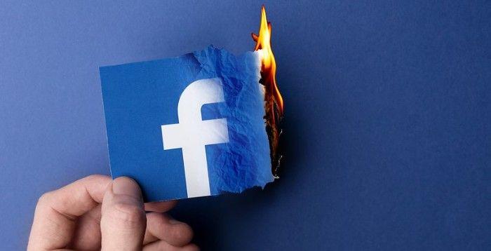 facebook elimina cuentas politicas falsas espana