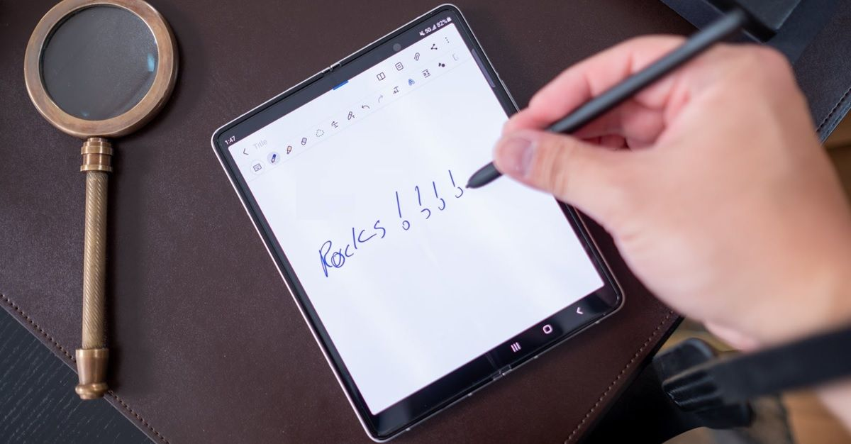 galaxy z fold 3 con s pen