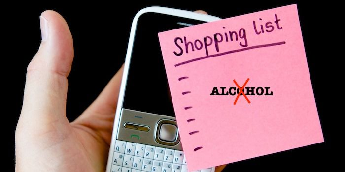 limpiar pantalla con alcohol