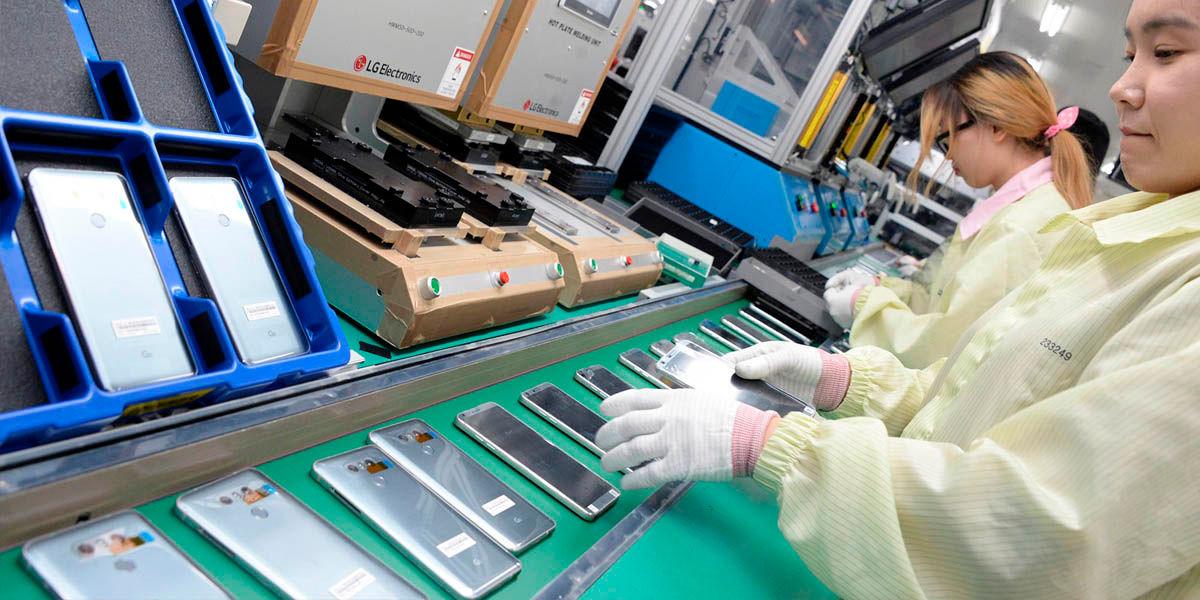 linea de producción smartphone coronavirus