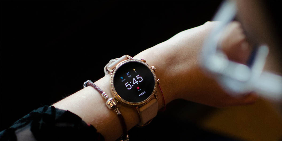 mejores relojes inteligentes chica con wear os