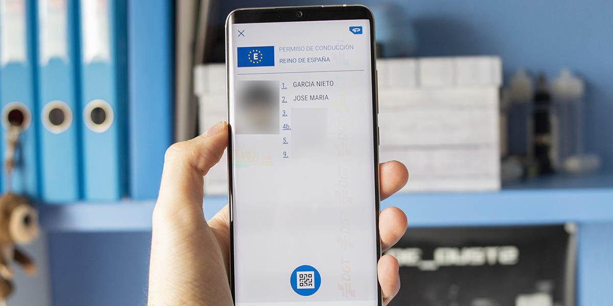 mi DGT permite llevar carnet de conducir en el móvil