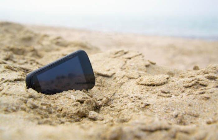 movil en la arena