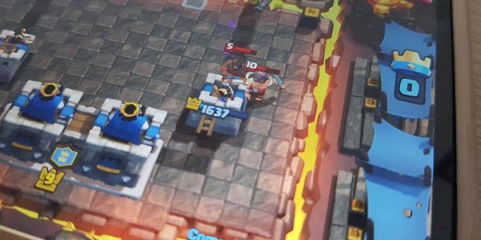 no defender clash royale