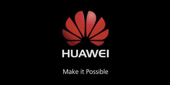 nuevo coche autonomo de Huawei conducido movil